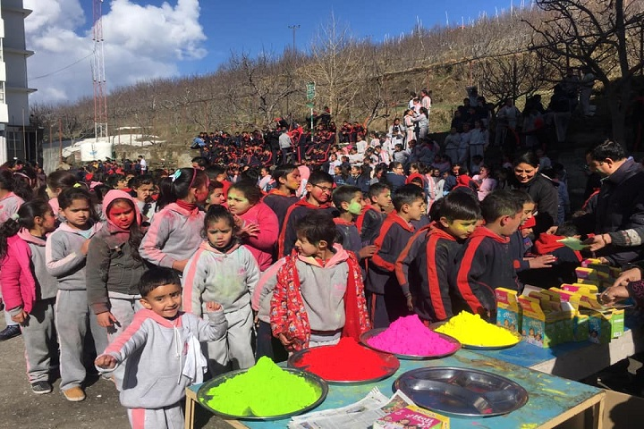 Roots Country School-Holi Celebrations