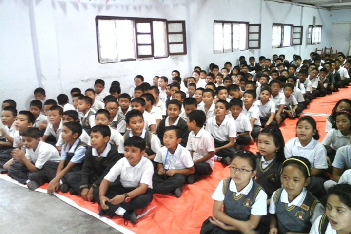 Roopland Public School-Hall