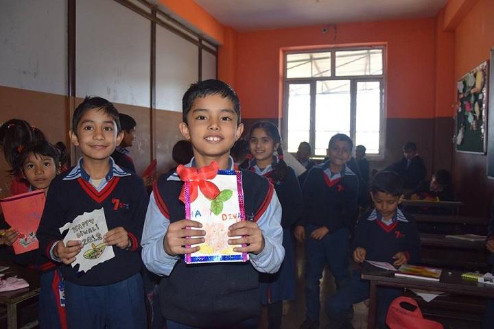 Seven Star Senior Secondary Public School-Card Making Activity