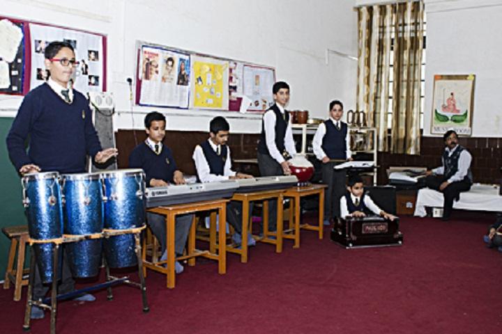 St Edwards School-Music