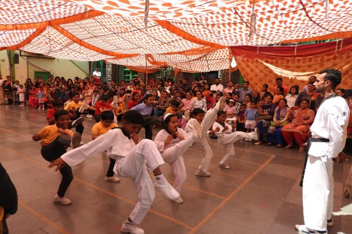 St Thomas School-Karate