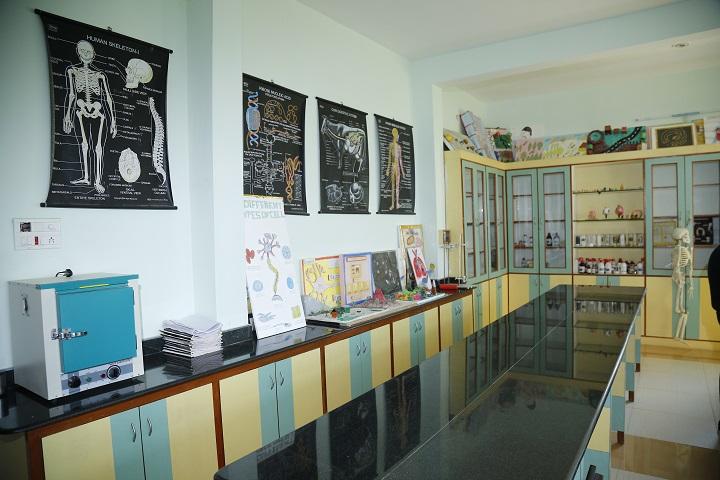 Tagore Vanasthali Public School-Laboratory