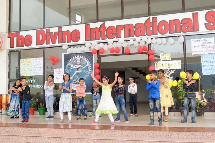 The Divine International School-Events dance