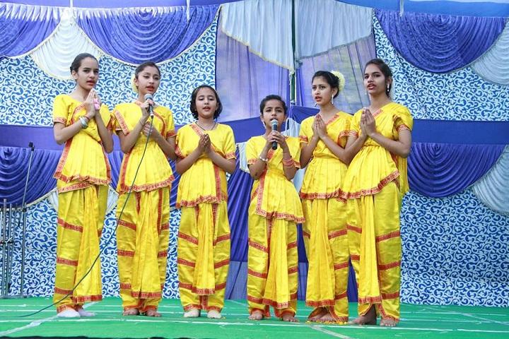 The Gurukul International School-Events singing