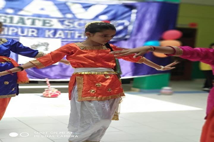 DAV Colligiate School-Dance