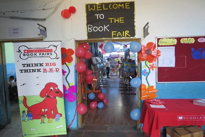 D S HERITAGE SCHOLARS SCHOOL - book fair
