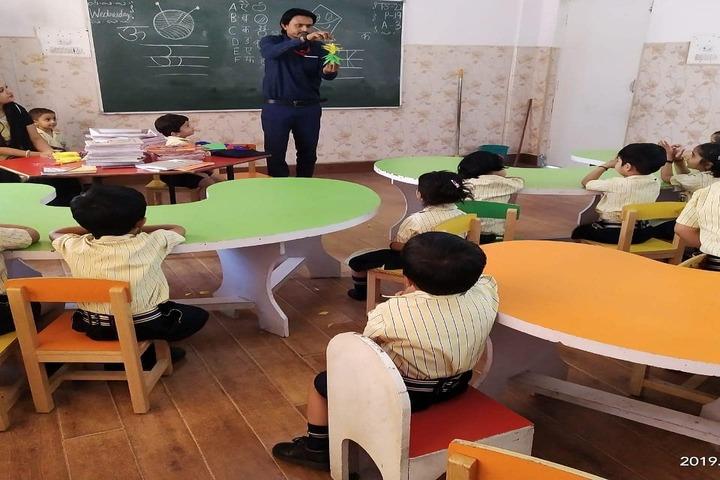 Delhi Public School-School -Class Room