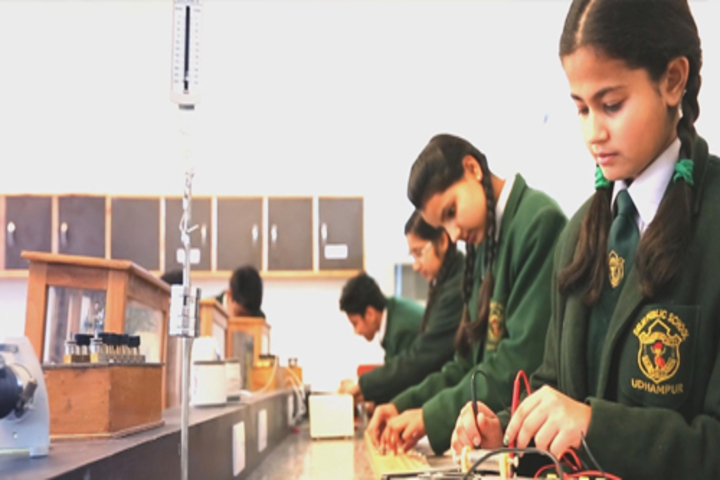 Delhi public School-Lab1