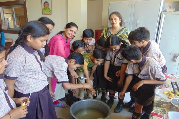Galaxy Public School-Food Making