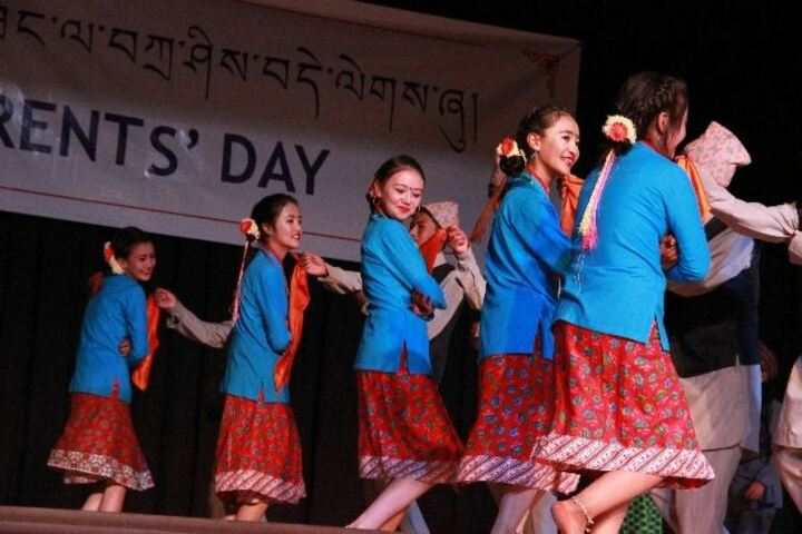 Lamdon Model Senior Secondary School-Dance