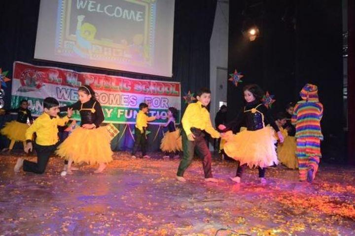 R M Public School-Dancing