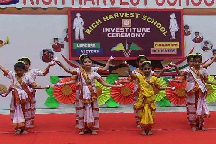 Rich Harvest School-Dance