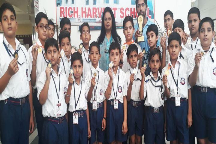 Rich Harvest School-Sports