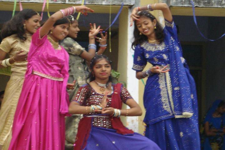 Bokaro Ispat Vidyalaya-Traditional Dance