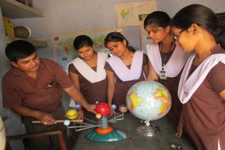 D A V Public School-Geography Lab