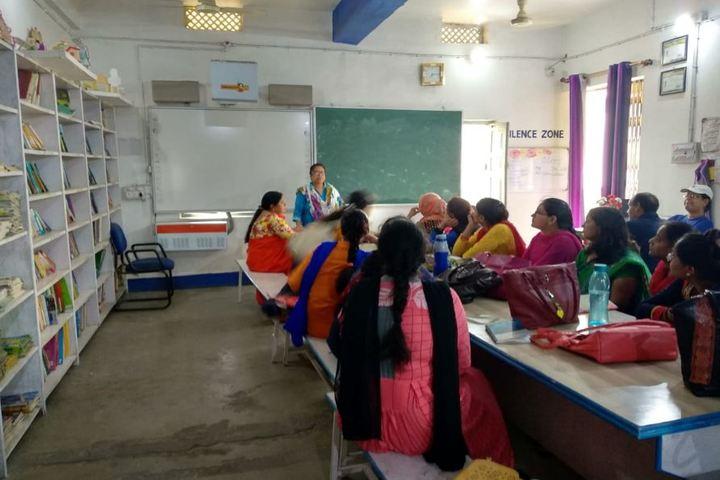 Delhi Public School-Staff-Discussion