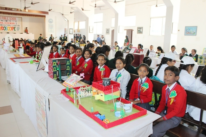 Dhanbad Public School-Exhibition