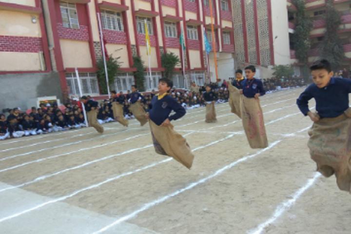 Guru Nanak Higher Secondary School-Sports
