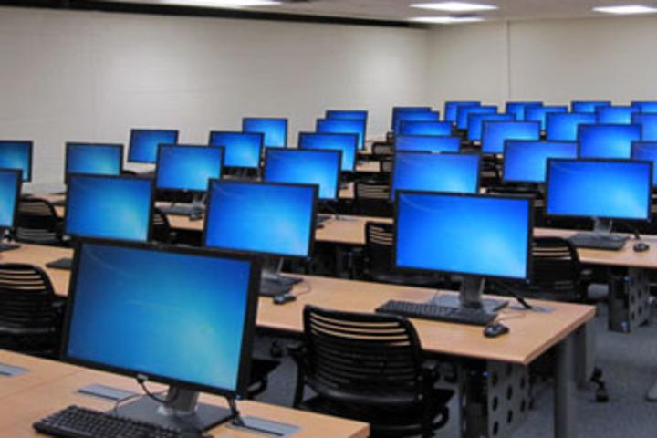 J K International School-Computer Lab