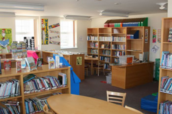 J K International School-Library