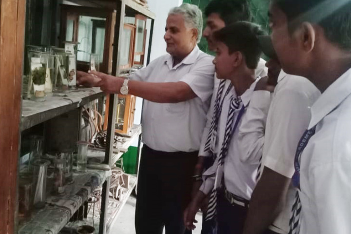Jitpur Academy-Biology Lab