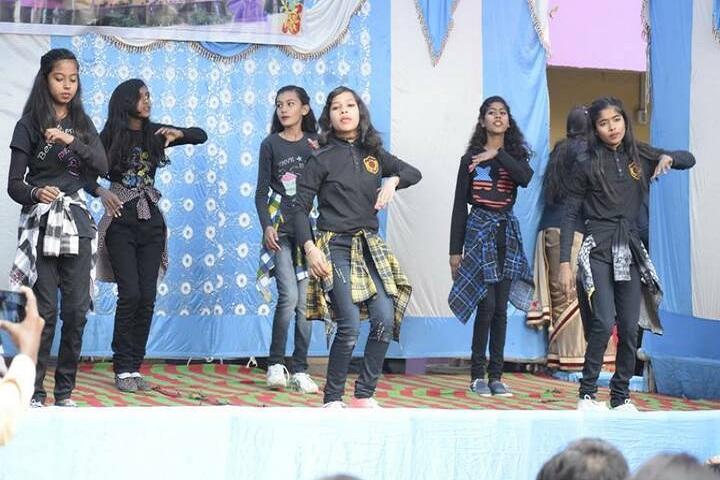 LA Garden High School-Dance Activity