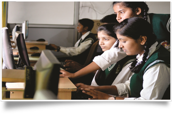 Manan Vidya-Computer Lab