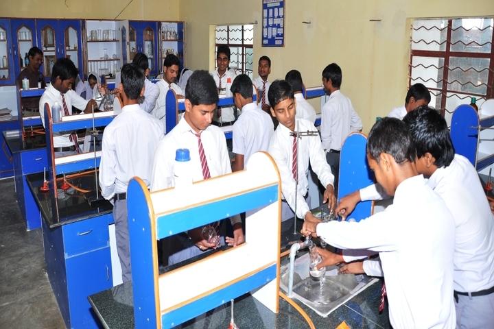 Munam Public School-Chemistry Lab