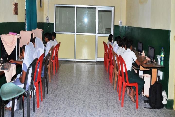 Munam Public School-Computer Lab