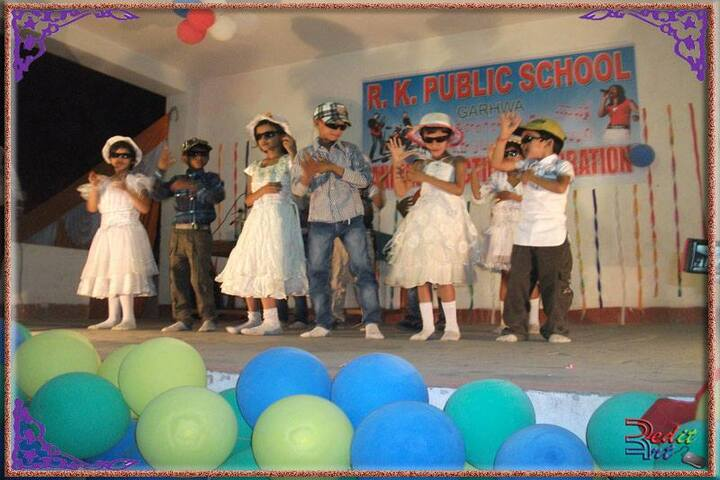 R K Public School-Primary Kids Performance