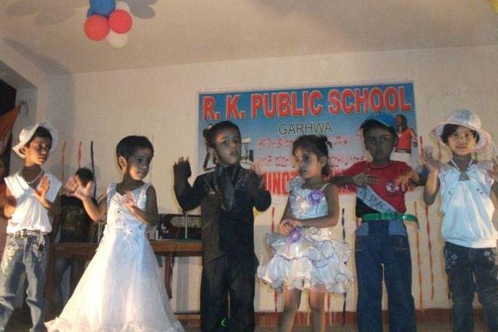 R K Public School-Dance1