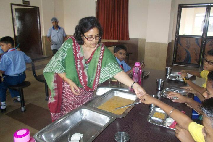 Sharda Global School-Canteen