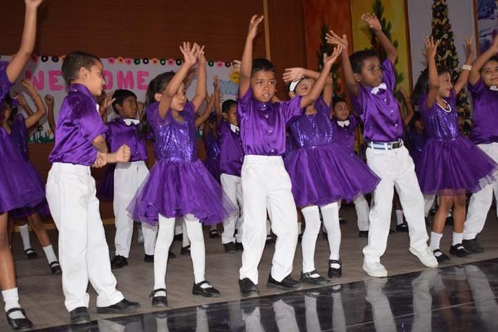 St Johns School-Dance