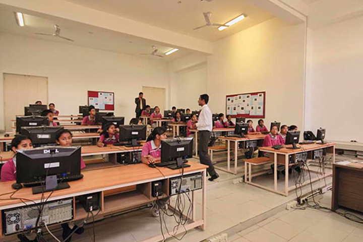 Taurian World City-IT lab