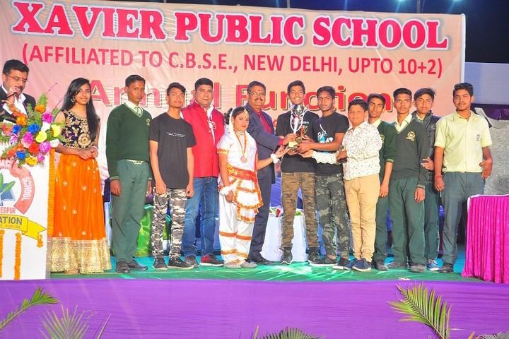 Xavier Public School-Prizes Distribution