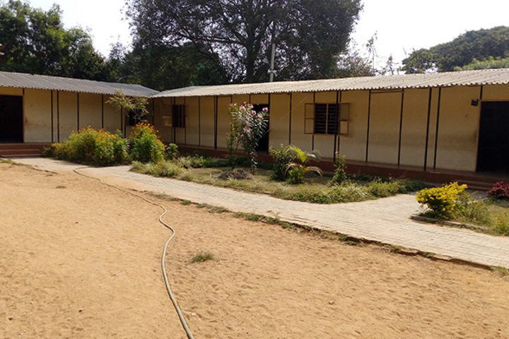 515 Army Base Wokshop High School-School View
