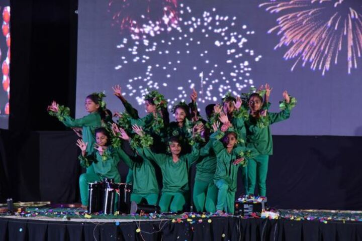 Akshara International Public School-Dances