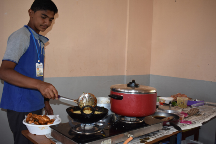 Al Furqan Islamic English Medium School-Kitchen