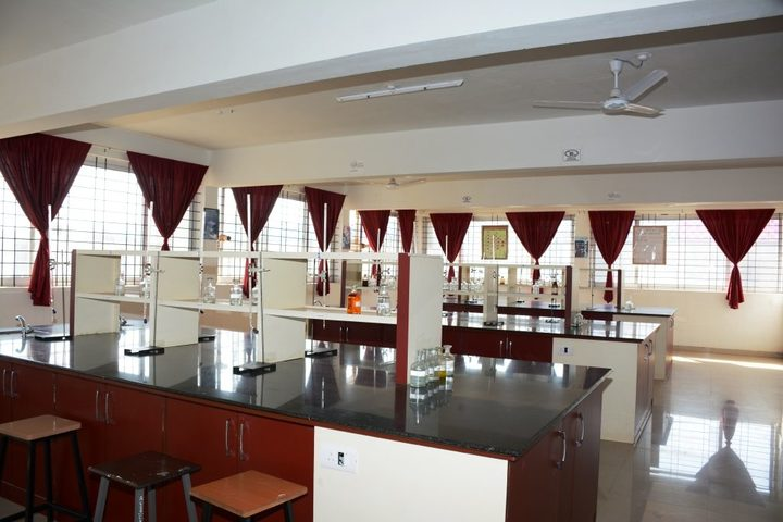 Angadi International School-Lab