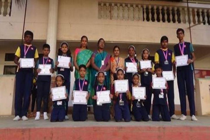 Atreya Vidyaniketan-Prizes2