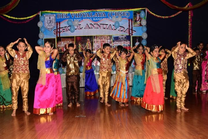 B E L School-Dances2
