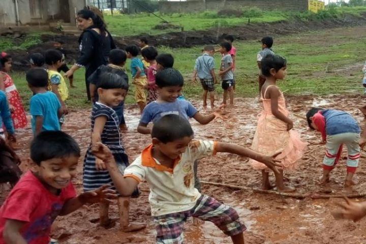 Bharatesh Central School-Activities