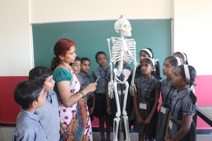 Bharatesh Central School-Lab