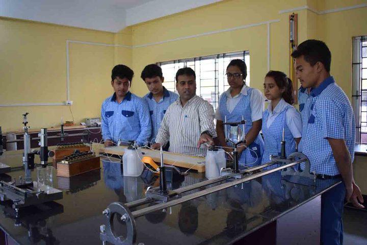 axel public school - science lab