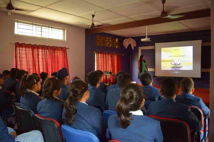 Axel Public School-Smart Class