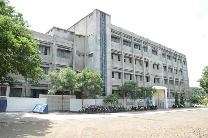 Chandrakant Patil English Medium School-Campus1