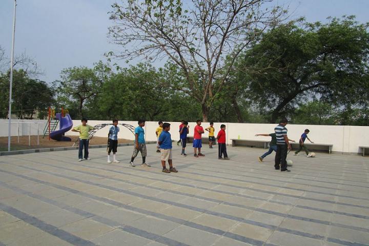 Chandrakant Patil Eng Med School-Sports