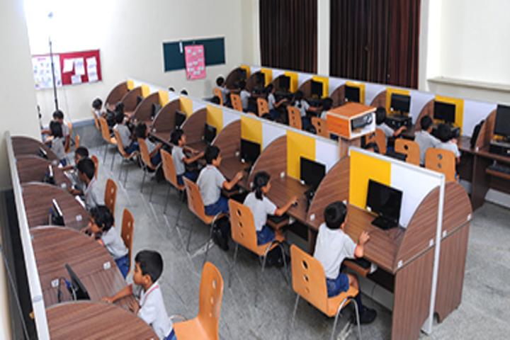 Chitrakoota School-Computer Lab