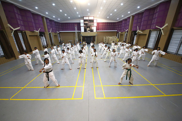 Chitrakoota School-Karatte