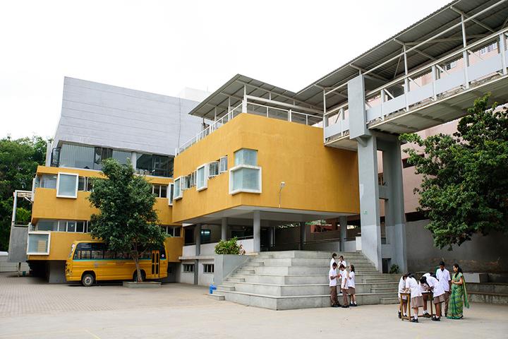 Cmr National Public School-Campus